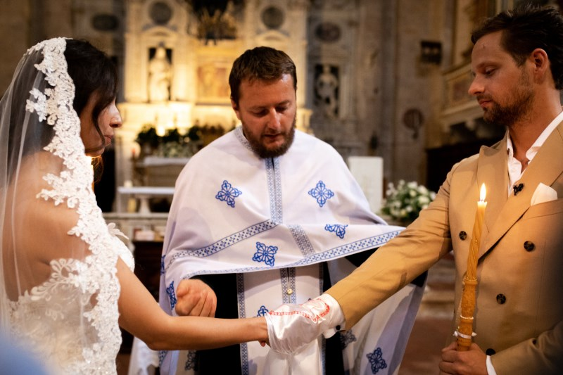 Christian wedding ceremony in San Biagio church in Montepulciano - event planner siena