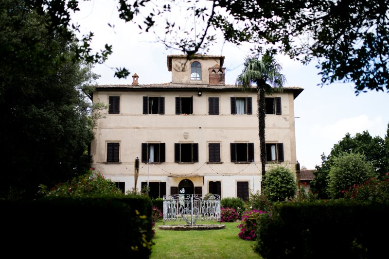 Elegant villa with pool and private chapel in Montepulciano - wedding planner siena