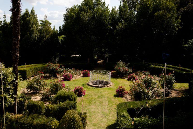 Wedding villa with italian garden in Montepulciano- wedding planner siena