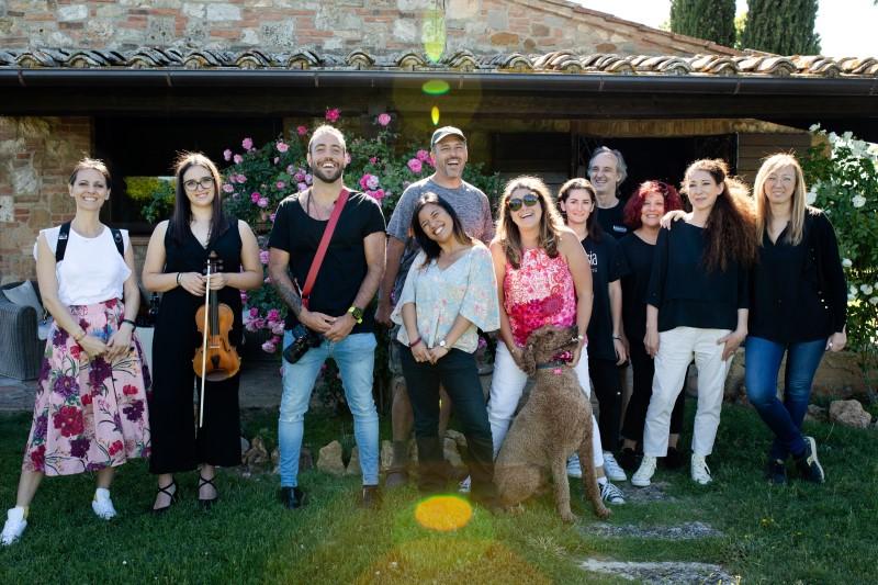 A collaborative team behind a successful wedding - wedding planner Siena
