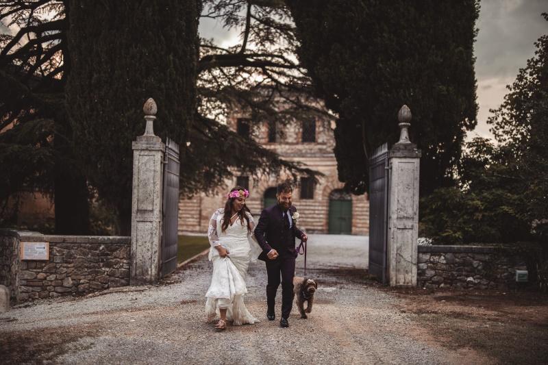 Pet friendly wedding